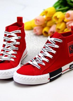 Женские красные кеды текстиль