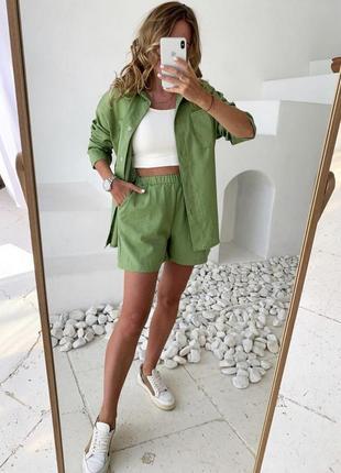 Льняной летний женский костюм шорты и рубашка прогулочный