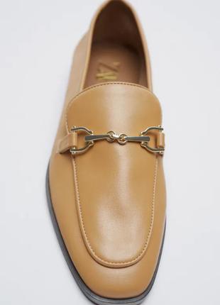 Кожаные туфли лоферы zara
