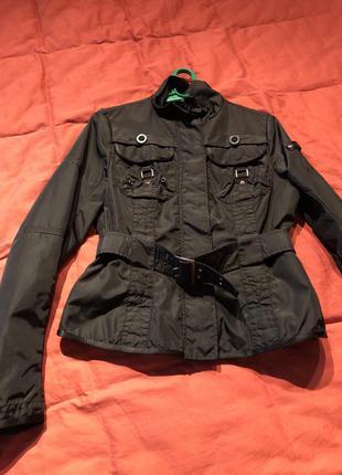 Осенняя стильная куртка