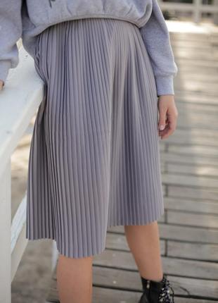 Базовая серая юбка миди2 фото