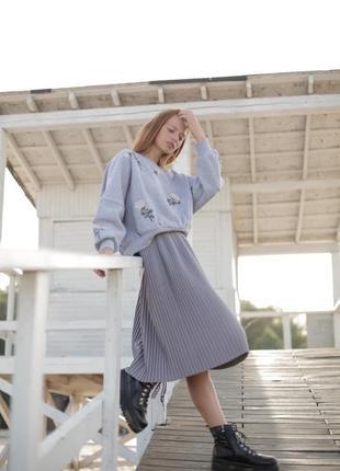 Базовая серая юбка миди8 фото