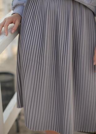 Базовая серая юбка миди9 фото