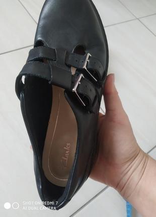 Шкіряні лофери туфлі clark's