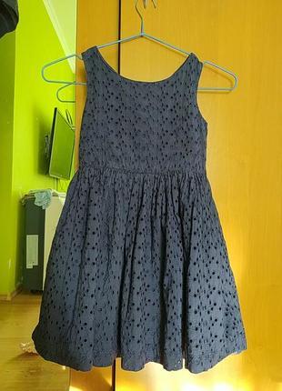 Шикарное платье из прошвы, 4-5 лет