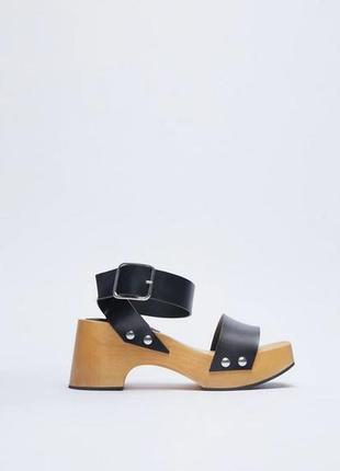 Черные кожаные босоножки, сандалии на деревянной подошве с пряжками из коллекции 2021 zara 37,5-38
