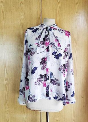 Крепдешиновая белая блузка в цветы, 38/m, 12/l.