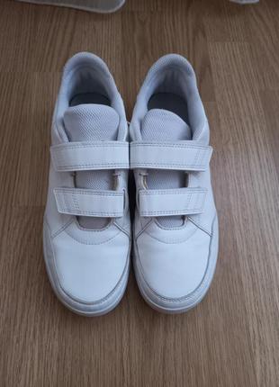 Кросівки 38p