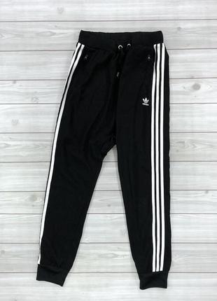 Женские лёгкие спортивные штаны adidas размер l