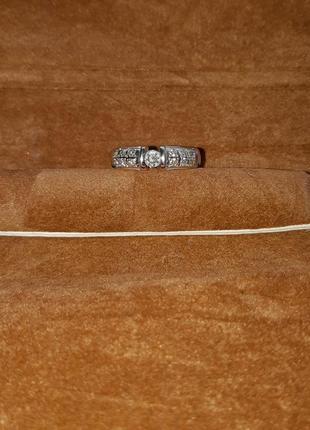 Кольцо белое золото бриллианты