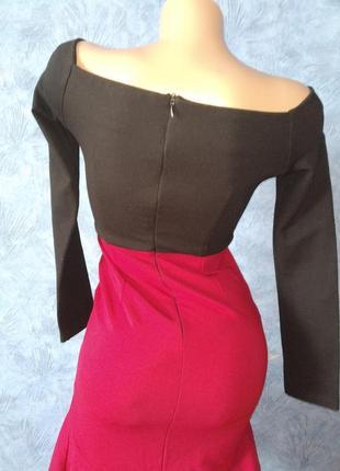 Шикарное вечернее платье со шлейфом и открытыми плечами2 фото
