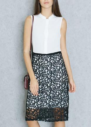 Платье белое с кружевной черной юбкой