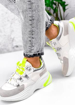 Кроссовки белые женские