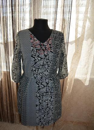 Стройнящее моделирующее платье, длинный рукав, пэчворк, бисер, цветочки, на лето, вертикаль