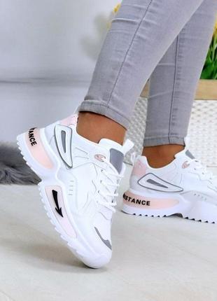 Стильні жіночі кросівки на платформі !!! р-р 38-39