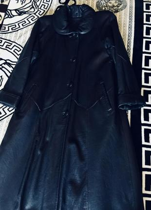 Кожаное зимнее пальто +подарок