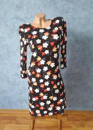 Шикарное  хлопковое платье миди прямого кроя в цветочный  принт