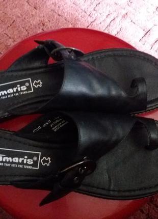 Шлепанцы кожаные бренда tamaris p.42(27 см по стельке)