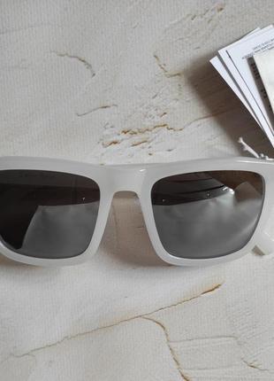 Брендовые солнцезащитные очки & other stories4 фото