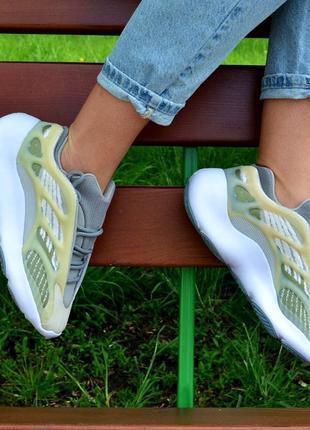 Женские кроссовки adidas yeezy 700 v3 чоловічі кросівки адідас ізі адидас изи жіночі кросівки 36-45