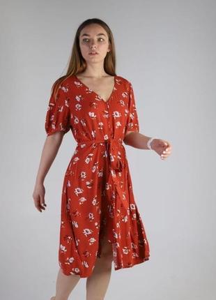 Женское оранжевое платье с цветочным принтом на пуговицах вискоза univtrsal thread (сша)