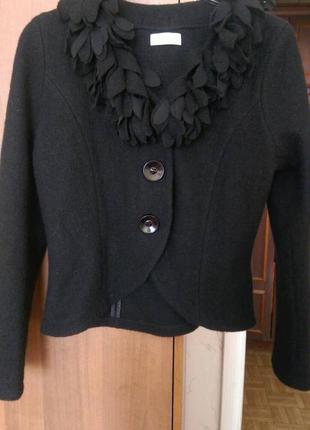 Чёрный пиджак 100% шерсть