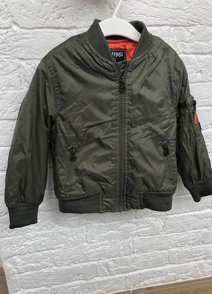 Куртка для мальчика 98 см terranova