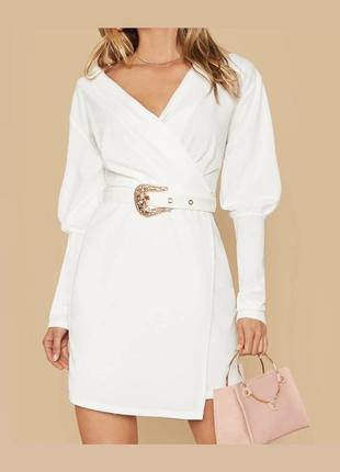Платье пиджак с открытыми плечами блейзер  с объемными рукавами с имитацией запаха и большим поясом