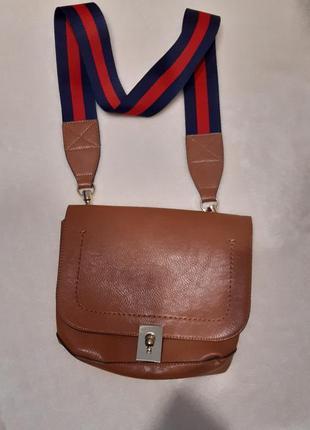 Актуальная стильная коричневая наплечная сумка через плечо кросс боди next4 фото