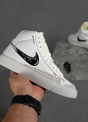 Кроссовки nike blazer mid 77 белые с чёрным