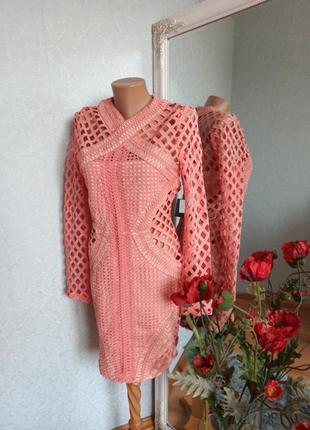 Платье кружевное шикарное с рукавчиком