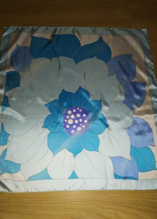 Винтажный нежный подписной платок, шёлк, шов роуль на лицевую сторону