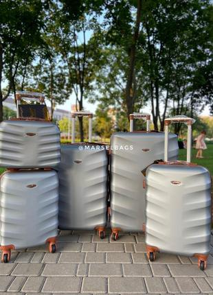 Акция !!!!отличное качество,wings,польский бренд,все размеры ,дорожная сумка,сумка на колёсах ,валіза