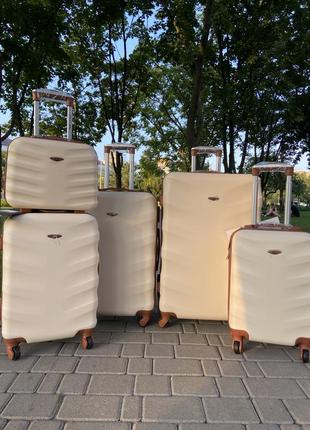 Акция !!!!отличное качество,wings,польский бренд,все размеры ,дорожная сумка,сумка на колёсах ,валіза7 фото