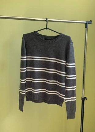 Шикарный свитерок серый terranova