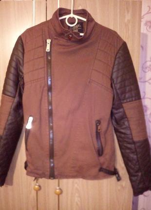 Стильная куртка на подростка