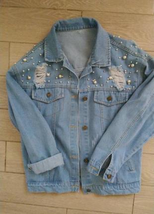 Джинсовый пиджак размер оверсайз . в отличном состоянии ! качественно пошит .