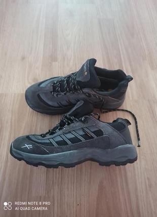Замшевые кроссовки1 фото