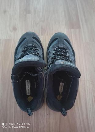 Замшевые кроссовки9 фото