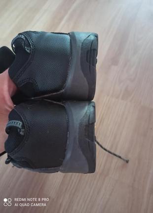 Замшевые кроссовки7 фото