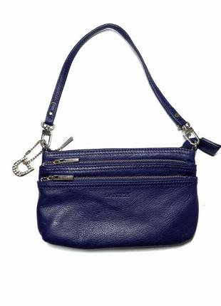Шкiряна сумочка/клатч danier   1 відділення і 3 кармана   20.5 на 13.5  ремішок 41 см