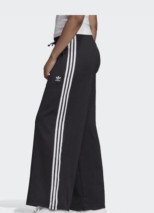 Спортивні штани adidas2 фото