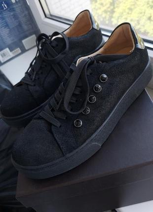 Чёрные  кроссовки антонио биаджи 37