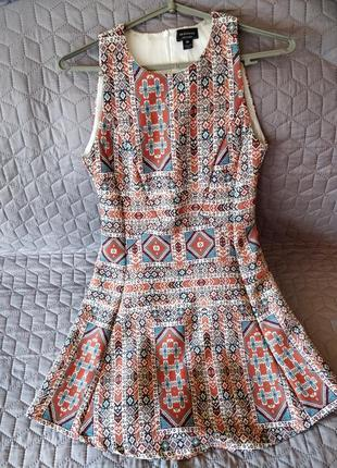 Сукня у візерунок яскрава reserved
