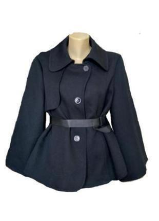 Maxmara фирменное короткое шерстяное пальто