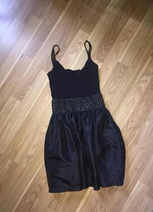 Черное женское брендовое нарядное платье бренд tally weijl сзади молния