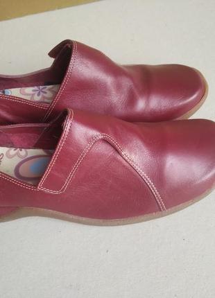 Кожанные конфортные туфли clarks
