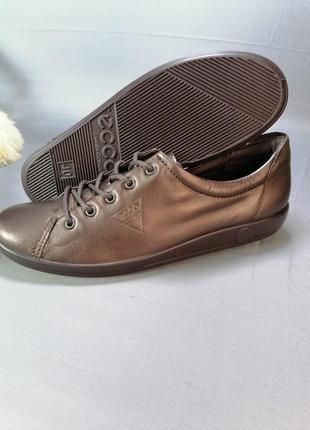 Кожаные женские кроссовки, кеды ecco р. 40