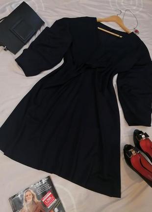 Плаття cos трикотажне темно синє брендове сукня міді з об'ємними рукавами