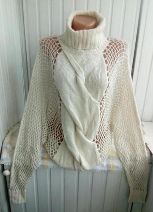 Интересный свитр сетка с горлом сделано летучей мышью